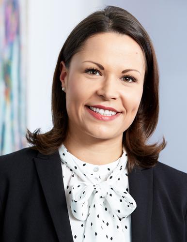 Dr. Lena Kuzbida Rechtsanwältin und Notarin